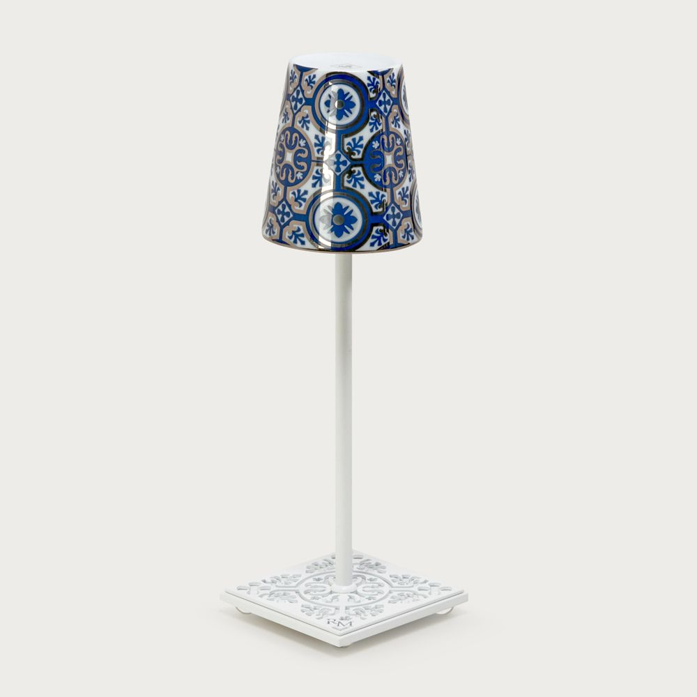 White table lamp Egalyères - lampshade casteu blue