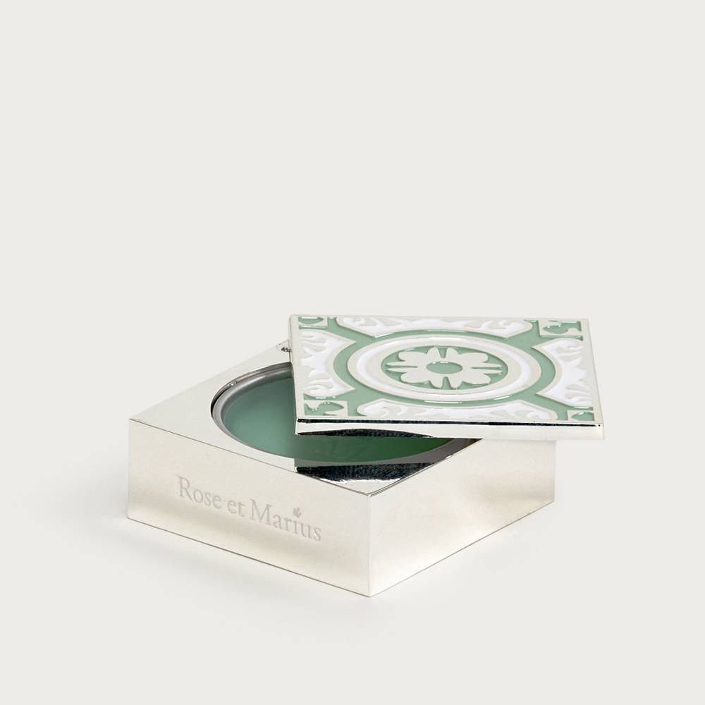 Solid perfume - a mid-summer's night under the fig tree