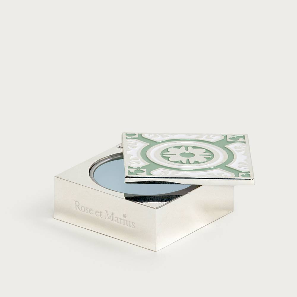 Solid perfume - basking in the sun with Marius
