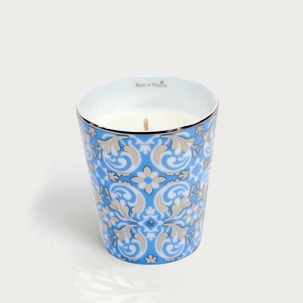 Precious refillable candle - oustau light blue