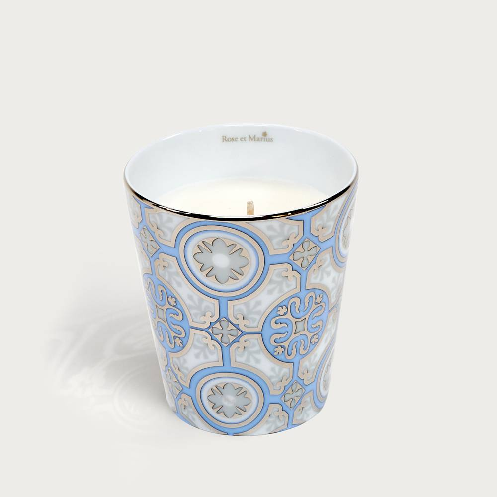 Precious refillable candle - casteu light blue