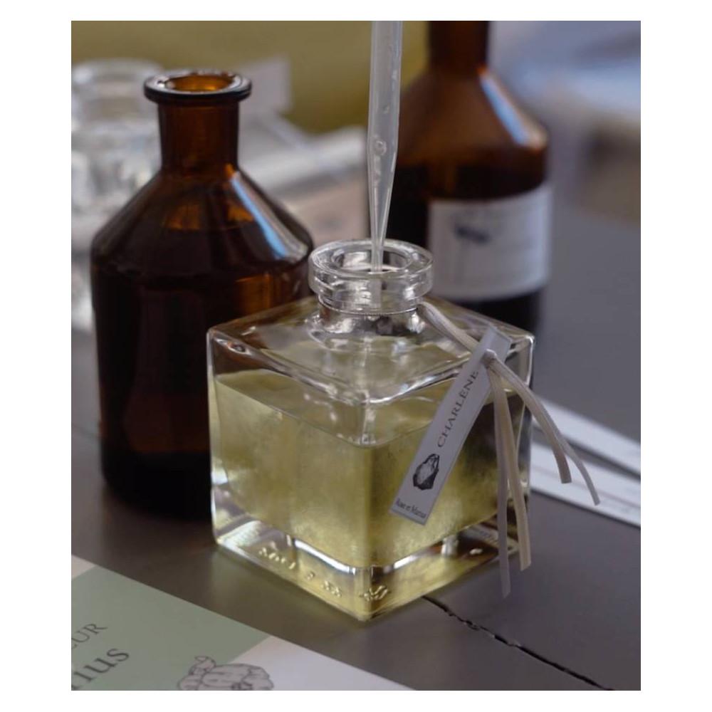 Atelier de création de votre parfum d'intérieur sur mesure